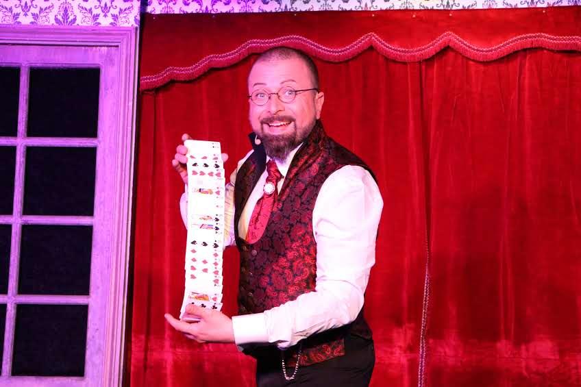tour de carte magicien ladruze