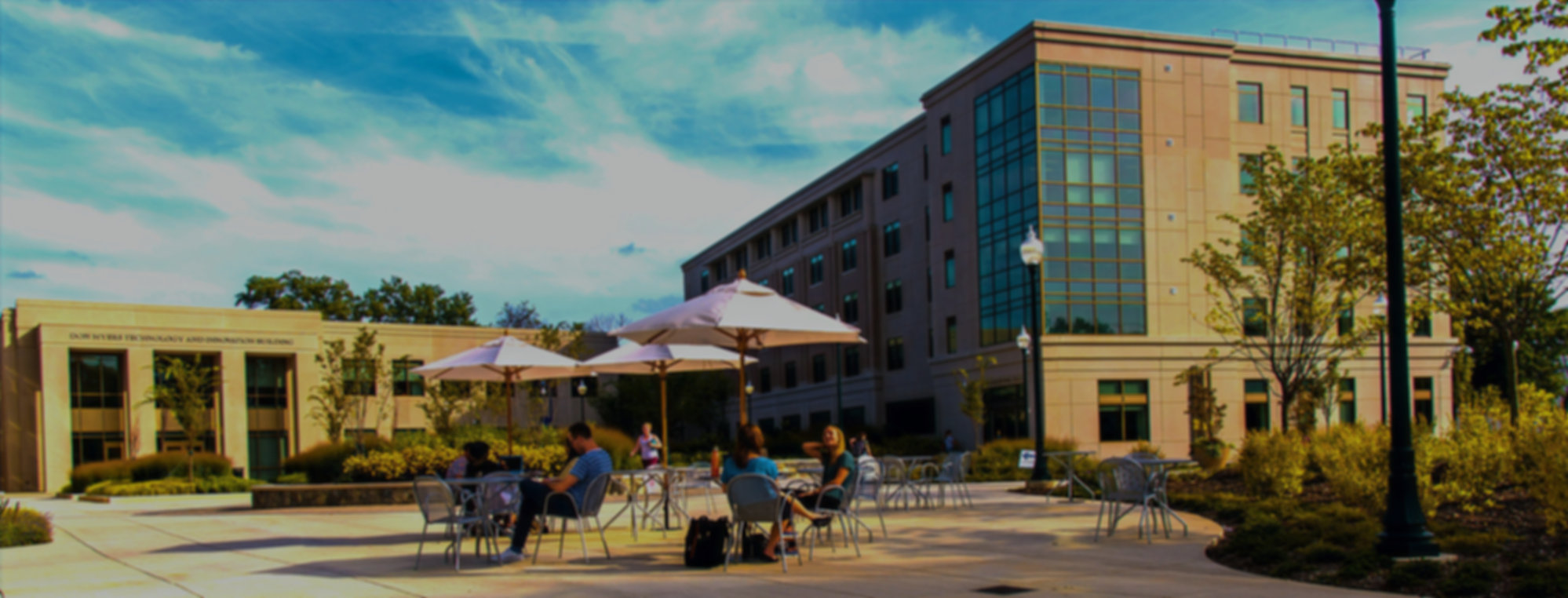 East-Campus-Commons-Outdoor-Seating_edit