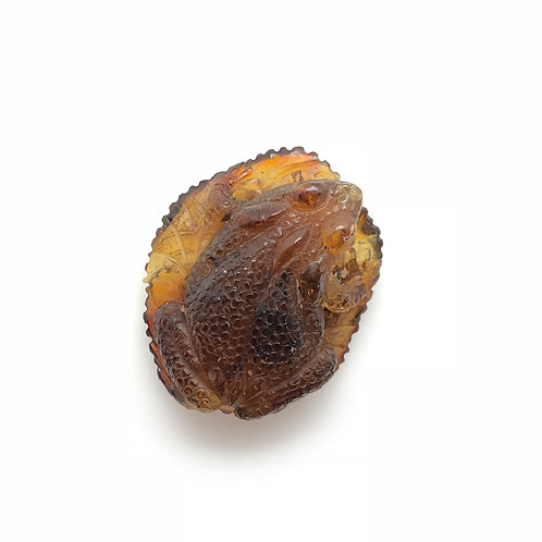 Amber Toad Carving (AMB231)