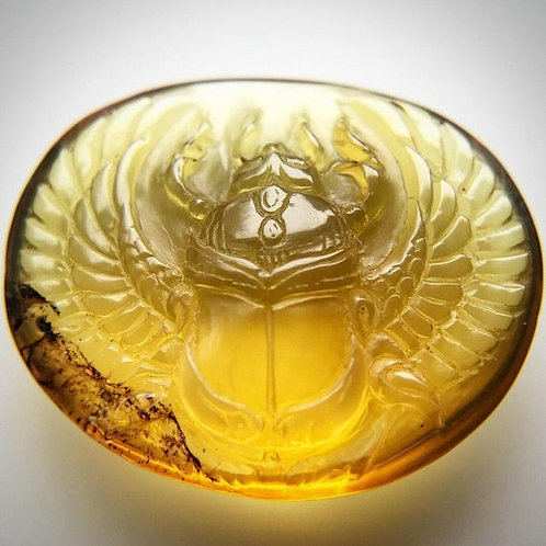 Amber Winged Scarab Carving (AMB204)