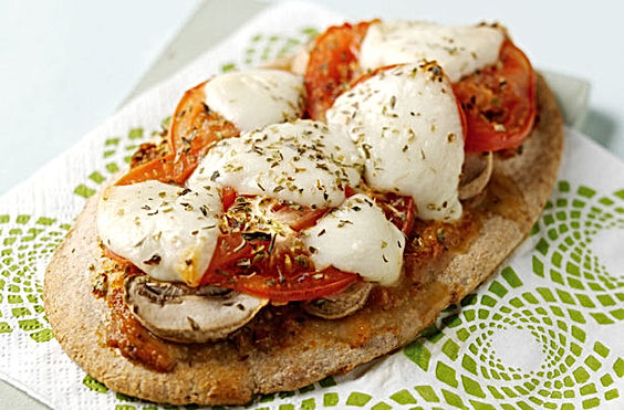 Quick-pitta-pizzas.jpg