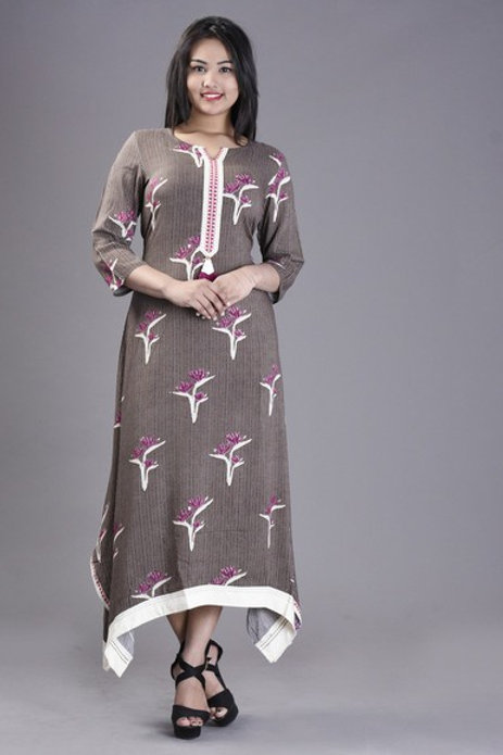 Women's Rayon Floral Printed Long Kurti