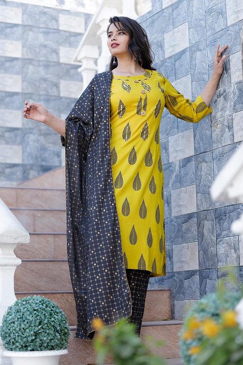 Women's Rayon Printed Designer Kurti Pant Dupatta Set