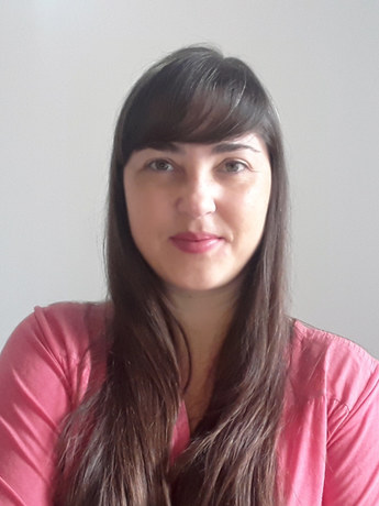 Raquel Fávaro na *Intervenção Literária