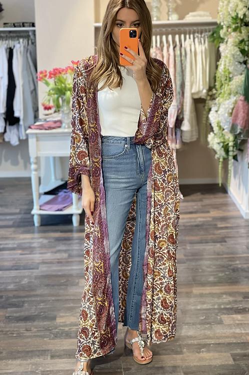 Silk-Kimono Lynn