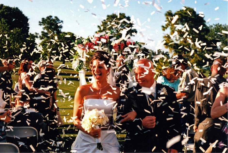 Confetti-for-Weddings