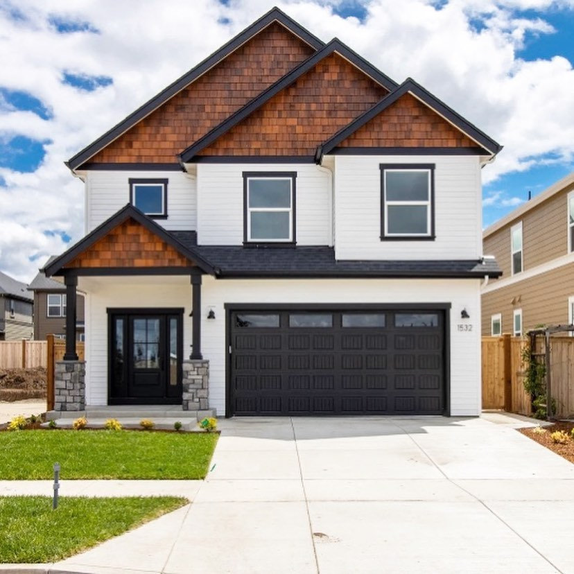 Real Estate Photos - Home under 1,600 SF