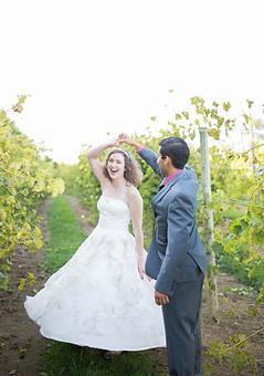 anniversary photographer near blacksburg va, roanoke wedding photographer, joyful wedding photographer