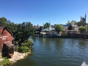 Riverboat Views