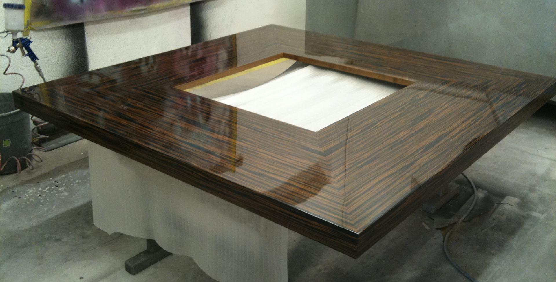 4-teiliger Topgloss Tisch high end