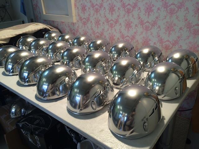 Chromeffekt Helme