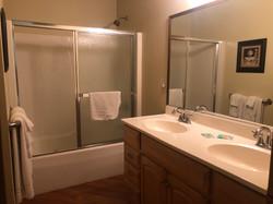 2 Bed / 1 Bath Bathroom