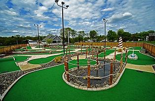 snydersville mini golf.jpg