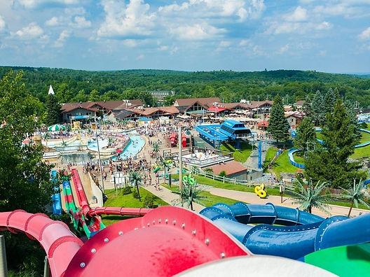 camelbeach-outdoor-waterpark___041225560