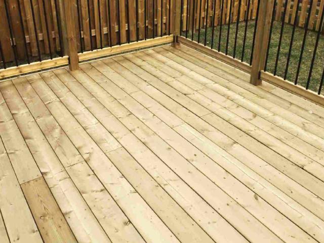 wood-decks-expert-installation
