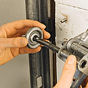 la-garage-door-roller-repair.png