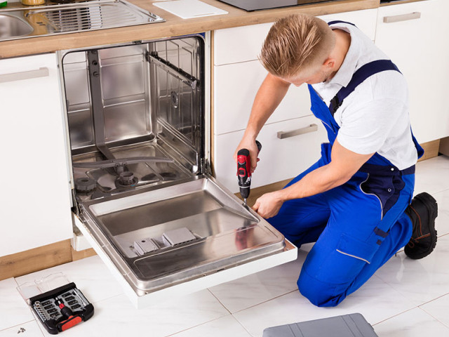 dishwasher-repair-expert-technician