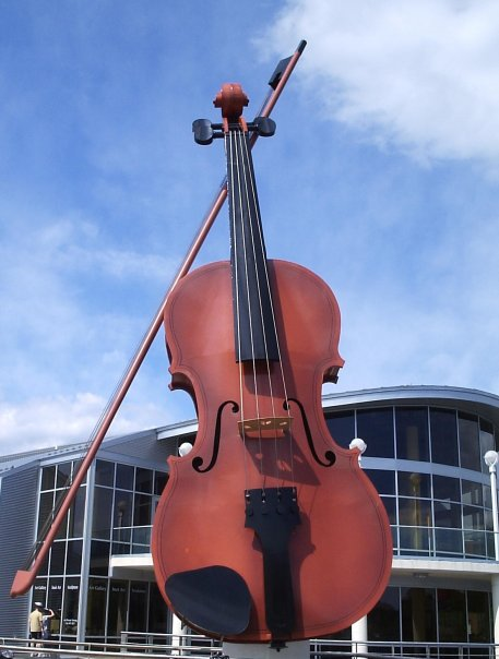 "The ""Big Fiddle"""