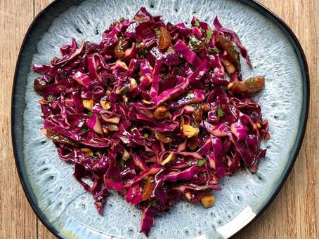 Salade de chou rouge et fruits secs