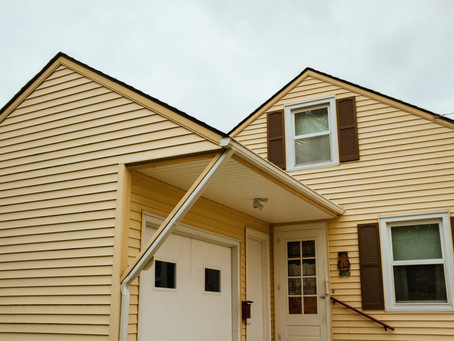 5 Signs You Need New Siding