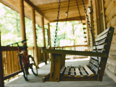 4 Benefits of a Front Porch Addition