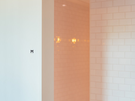 Pros and Cons of Doorless Showers