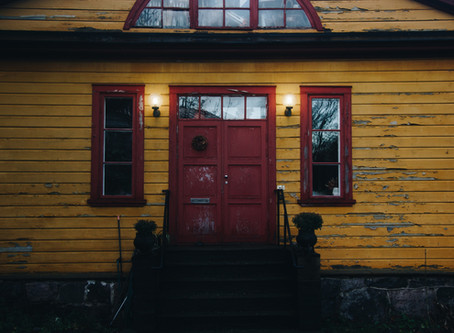 When to Replace Your Front Door