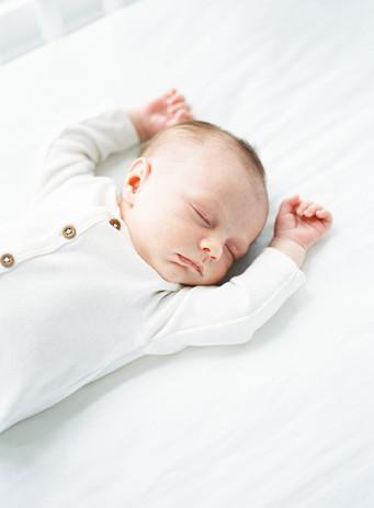 Troyer-Newborn-Film-14_websize.jpg