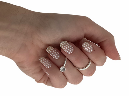 Dots white