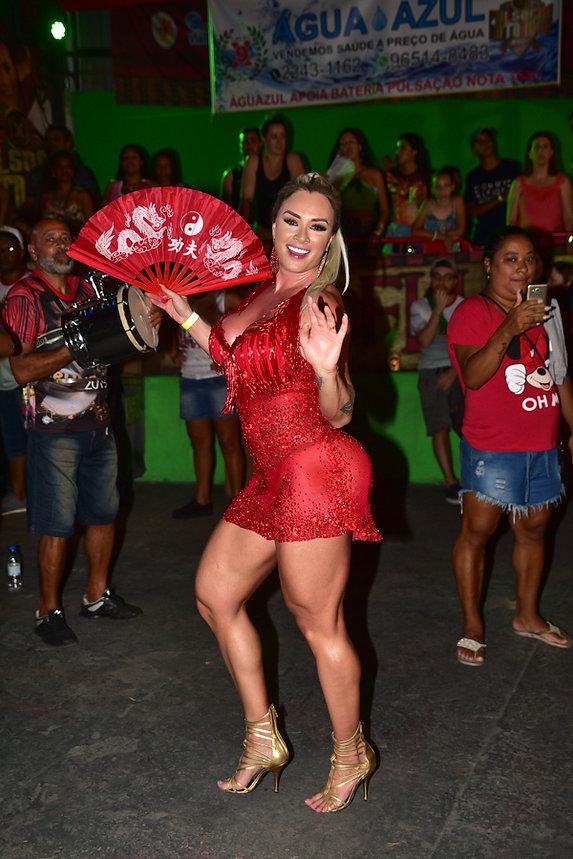 9dbf57db9 A Rainha de Bateria da X9 Paulistana contou como será sua fantasia