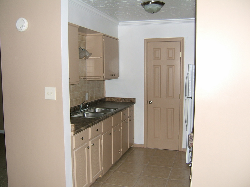 Kitchens in 2Bd 2 Bth and 2 1 & 1/2