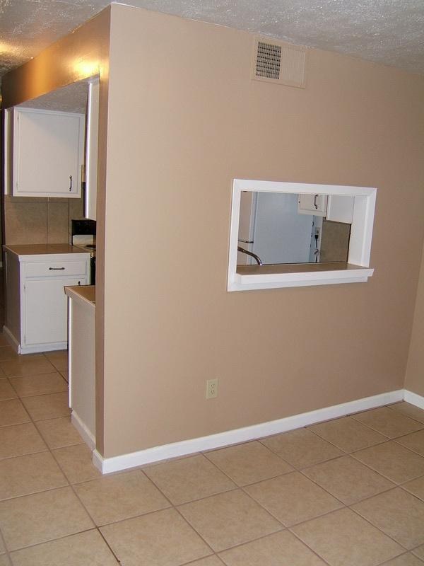 2 Bedrm Loft Kitchen To Dinning Room