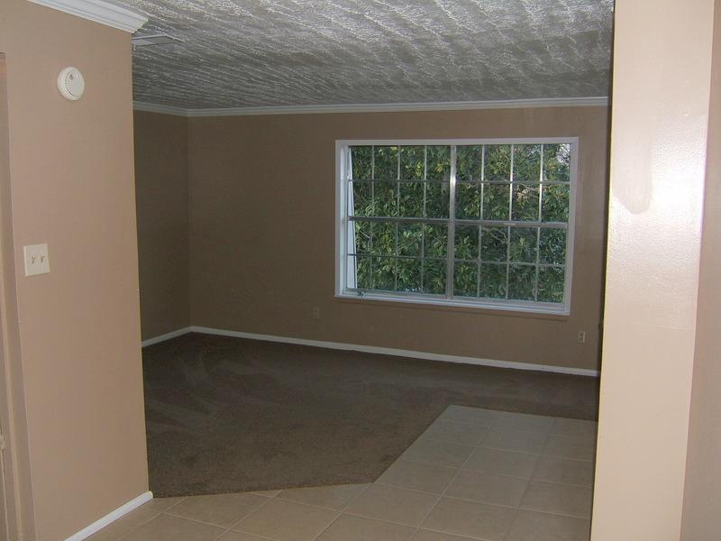 1 Bdrm Living Room