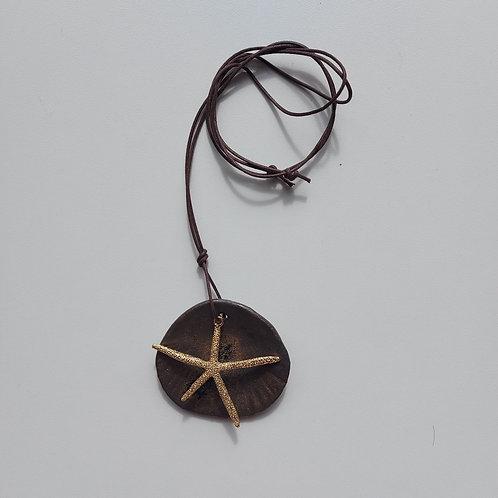 Colar Concha Estrela do Mar - OLA cerâmicas -  Ceramista Leomara Burgel