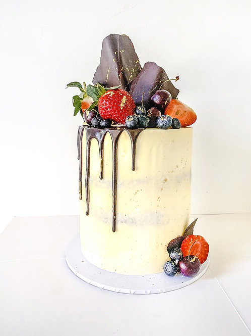 BERRY LOADED CAKE