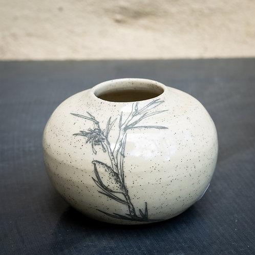 Small vase No.62