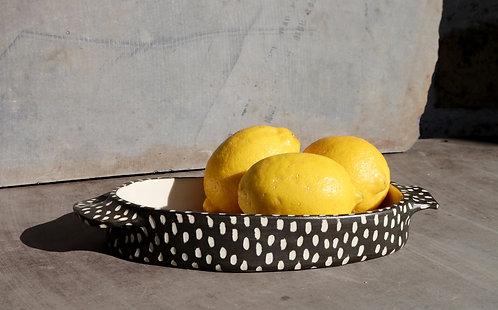SMALL OVAL SERVING DISH- black scratch