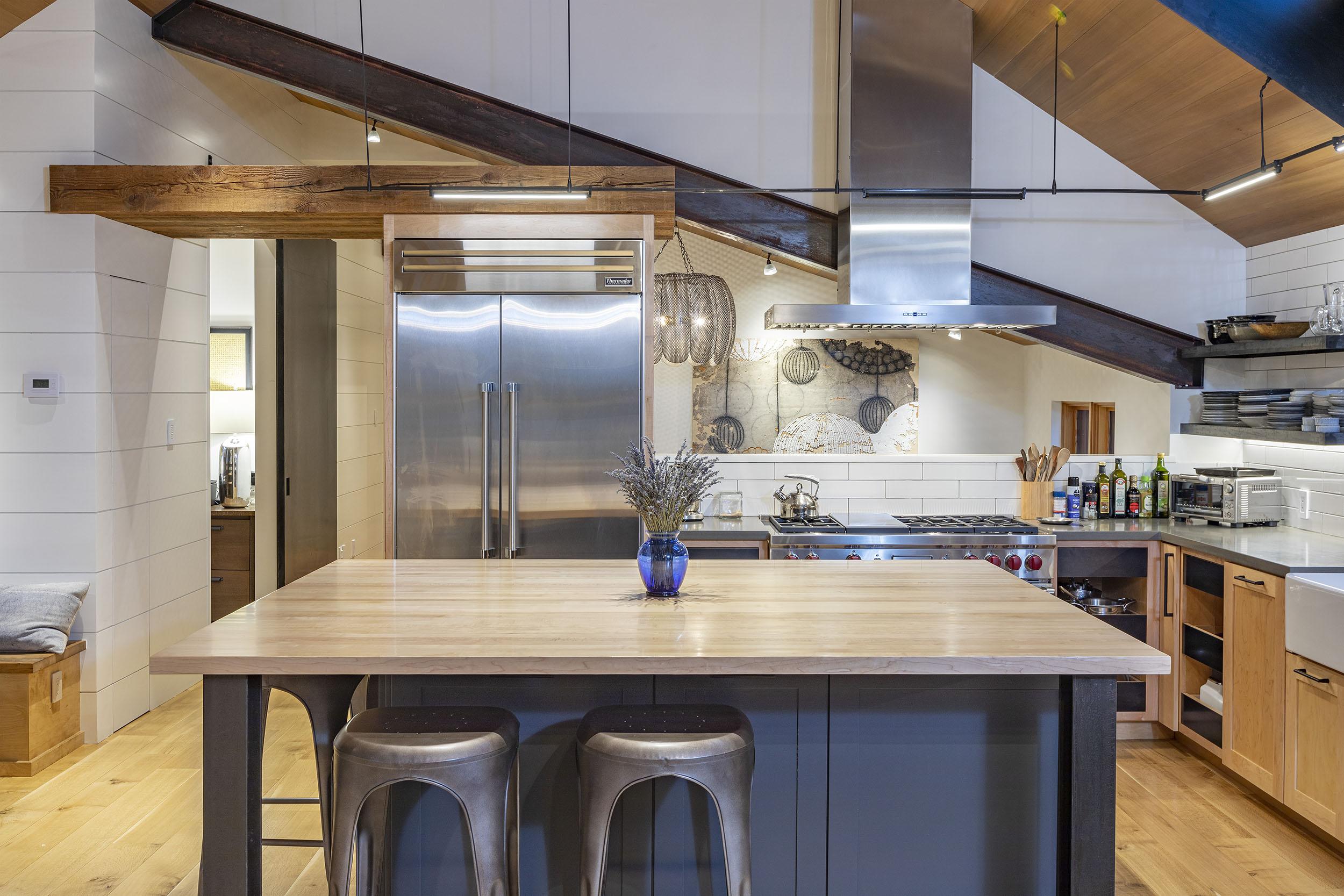 KitchenIsland_WEBRES