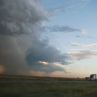 WEB-PRINT-Drivers-truck-in-storm15x20-fi
