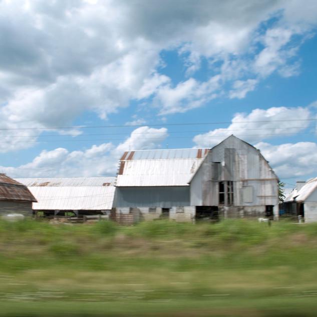 WEB-PRINT-driveby-barn-033012_49-15x20-f