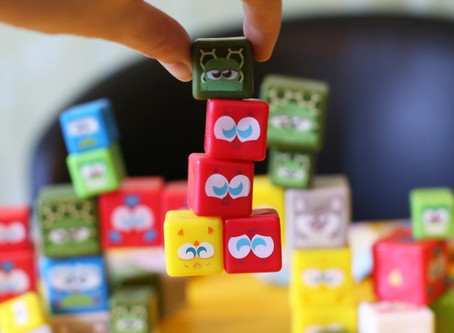 """Lovely Cubes from Deagostini: funny """"families"""" of sticky cubes! Overview"""