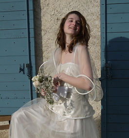 Robe de mariée, accessoires mariage, chapeaux, coiffes