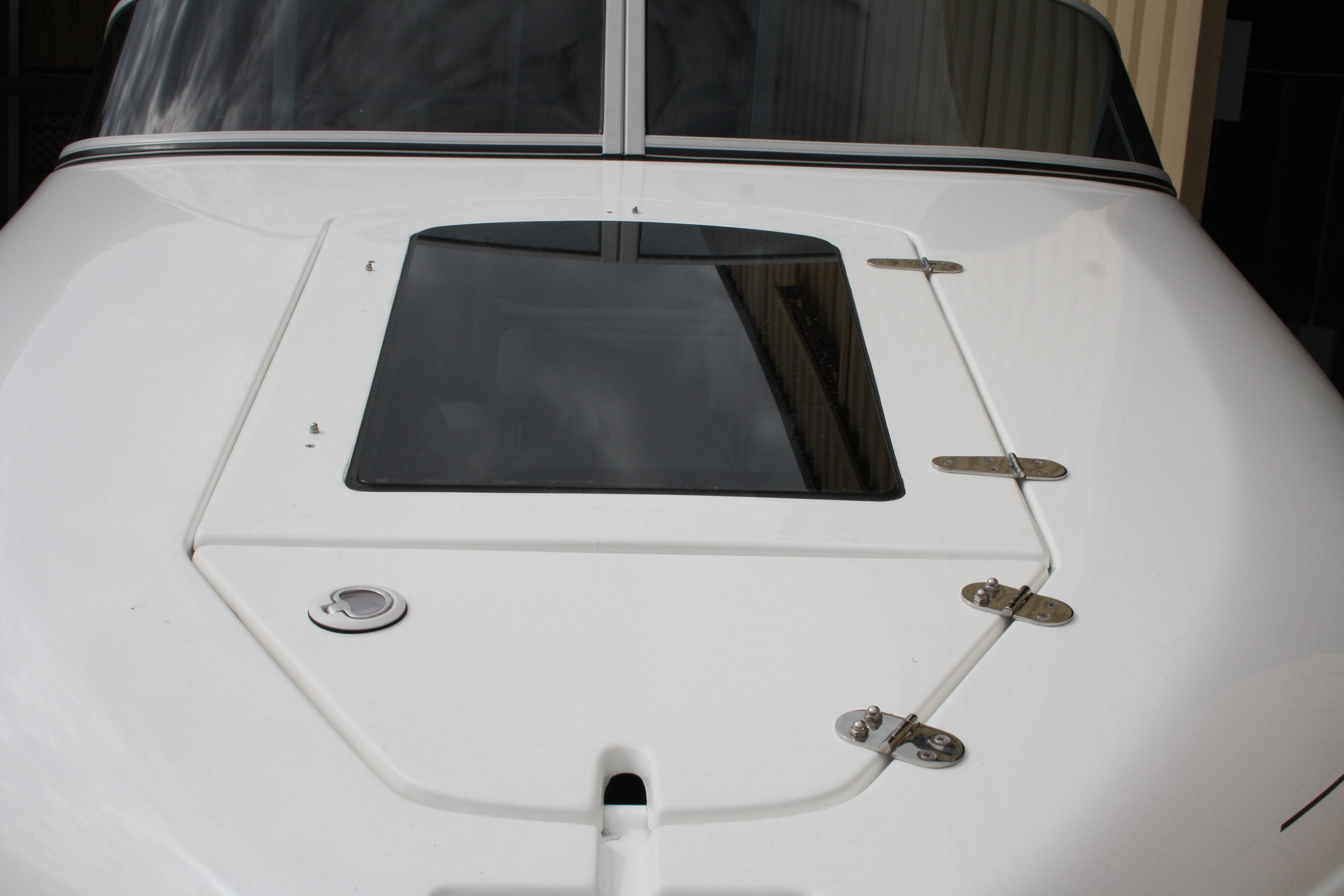 Castaway hatch