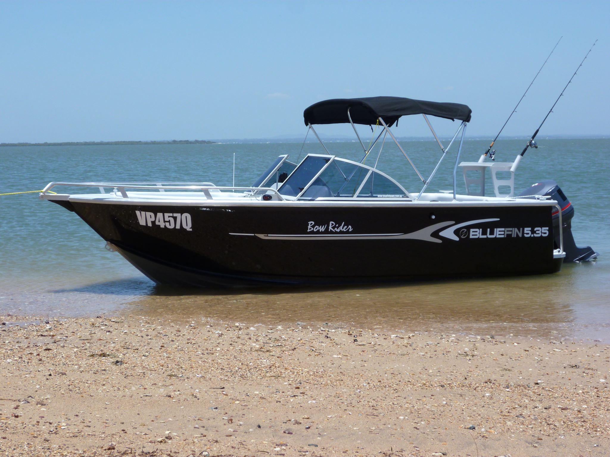 Bluefin bowrider 5.40