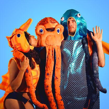 fishkissoctopodes.jpg