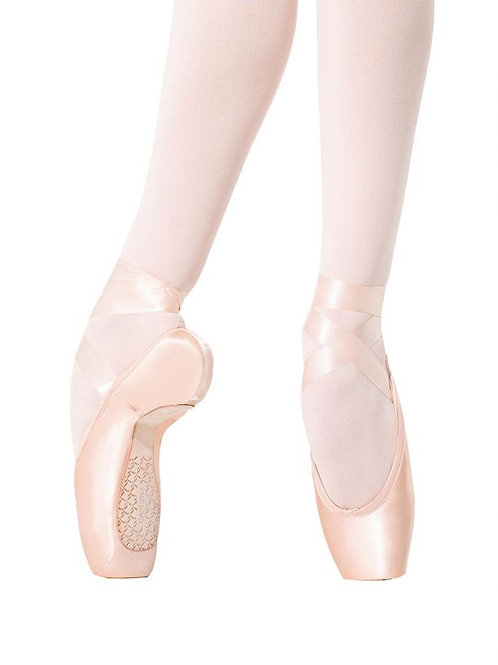 1138W Donatella #2 Shank Pointe Shoe