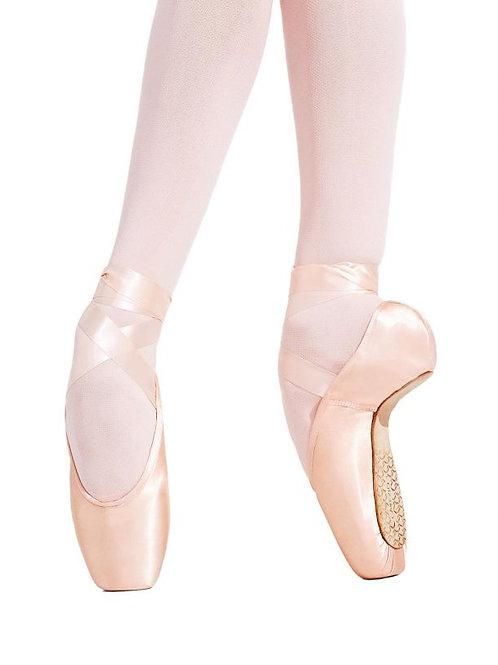 126 Tiffany Pointe Shoe