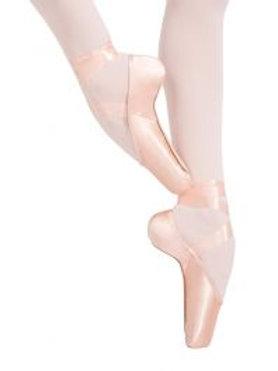1140W Kylie Pointe Shoe