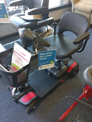 BARGAIN WEB DEAL!  Red compact,  travel,  folding,  boot mobility scooter. 4 MPH