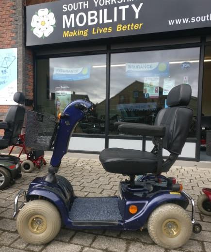 scooter M2.jpg